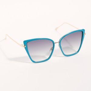 Free People Lucy Oversized Cat Eye Sunglasses